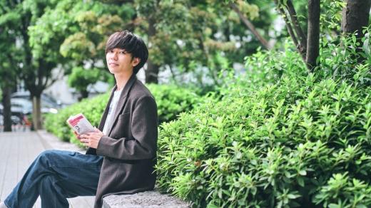 The Songbards・上野皓平さんが選ぶ5冊の本┃心を浄化してくれる言葉と時間「忙しい日々に読みたい詩集」